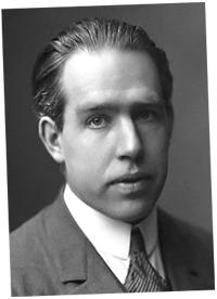 Fotografía de un joven Niels Bohr
